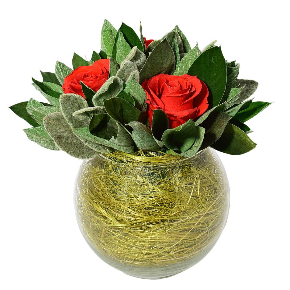 Букет из стабилизированных цветов в стекле вечная роза купить композиции