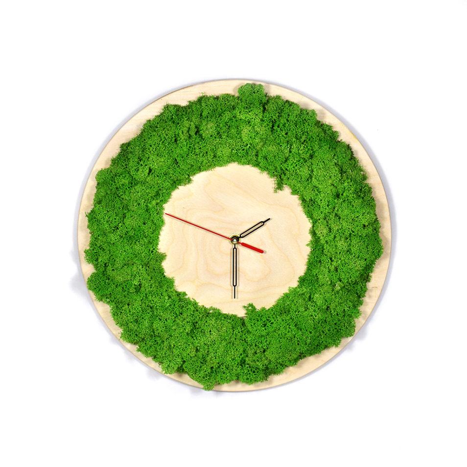 Часы из дерева и мха настенные купить декоративные