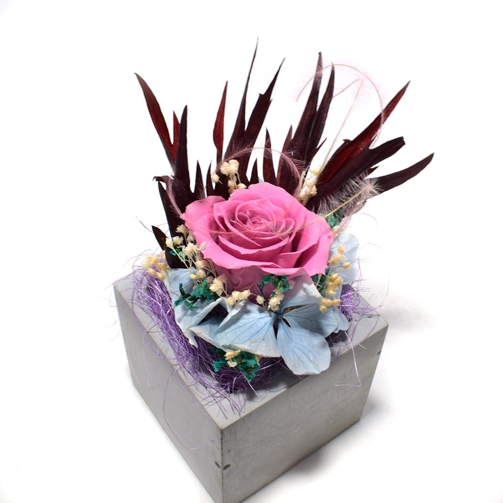 Композиция из цветов - Андромеда