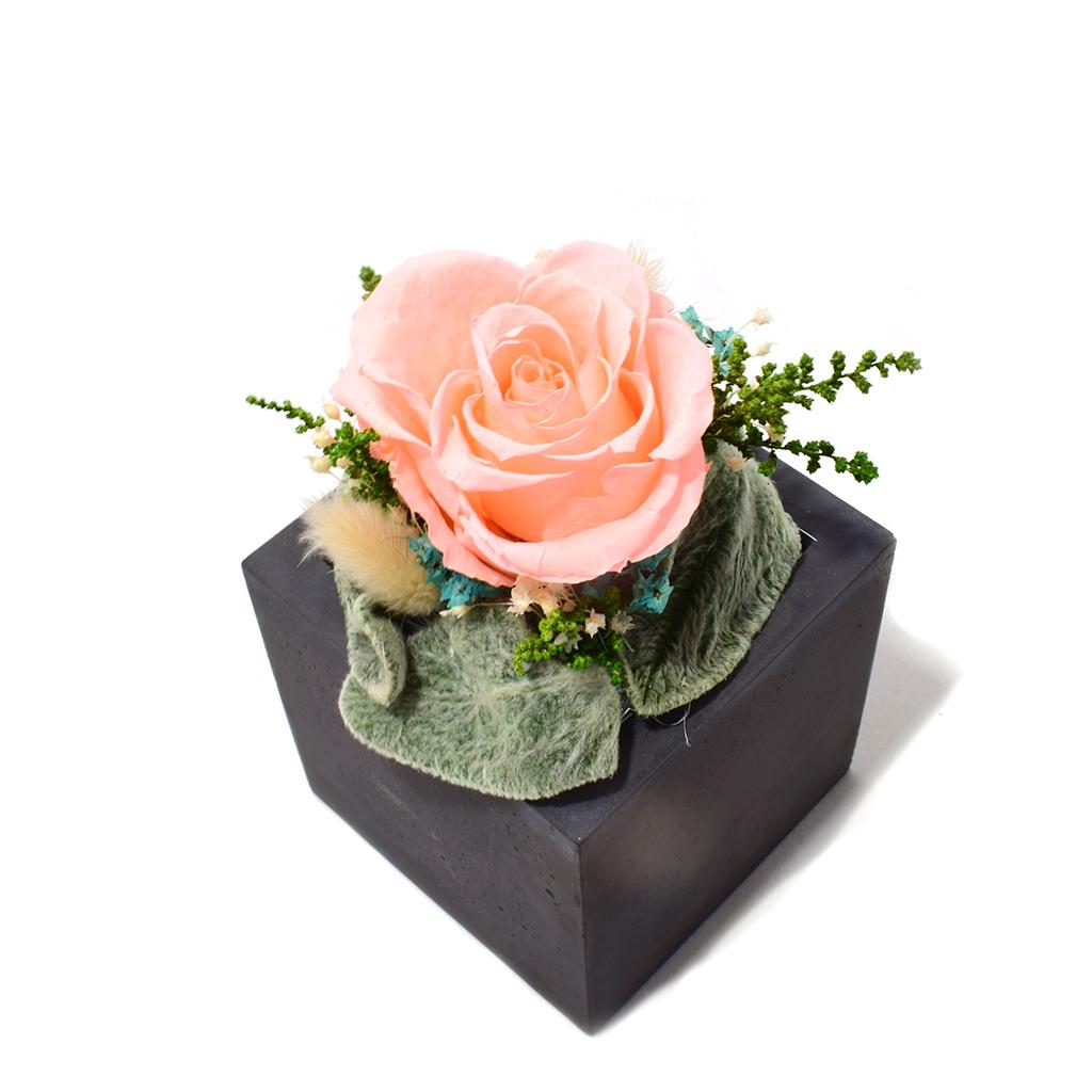 Композиция из цветов - Розарио