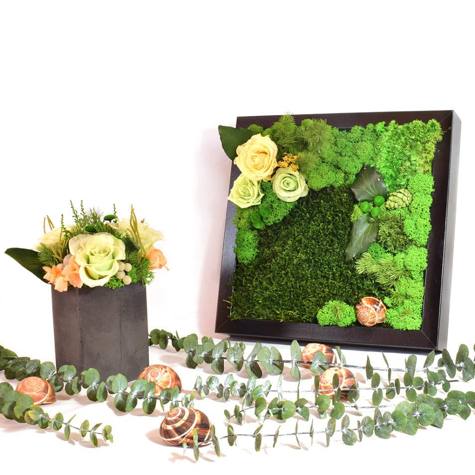 Панно с цветами и мхом букет из стабилизированных цветов