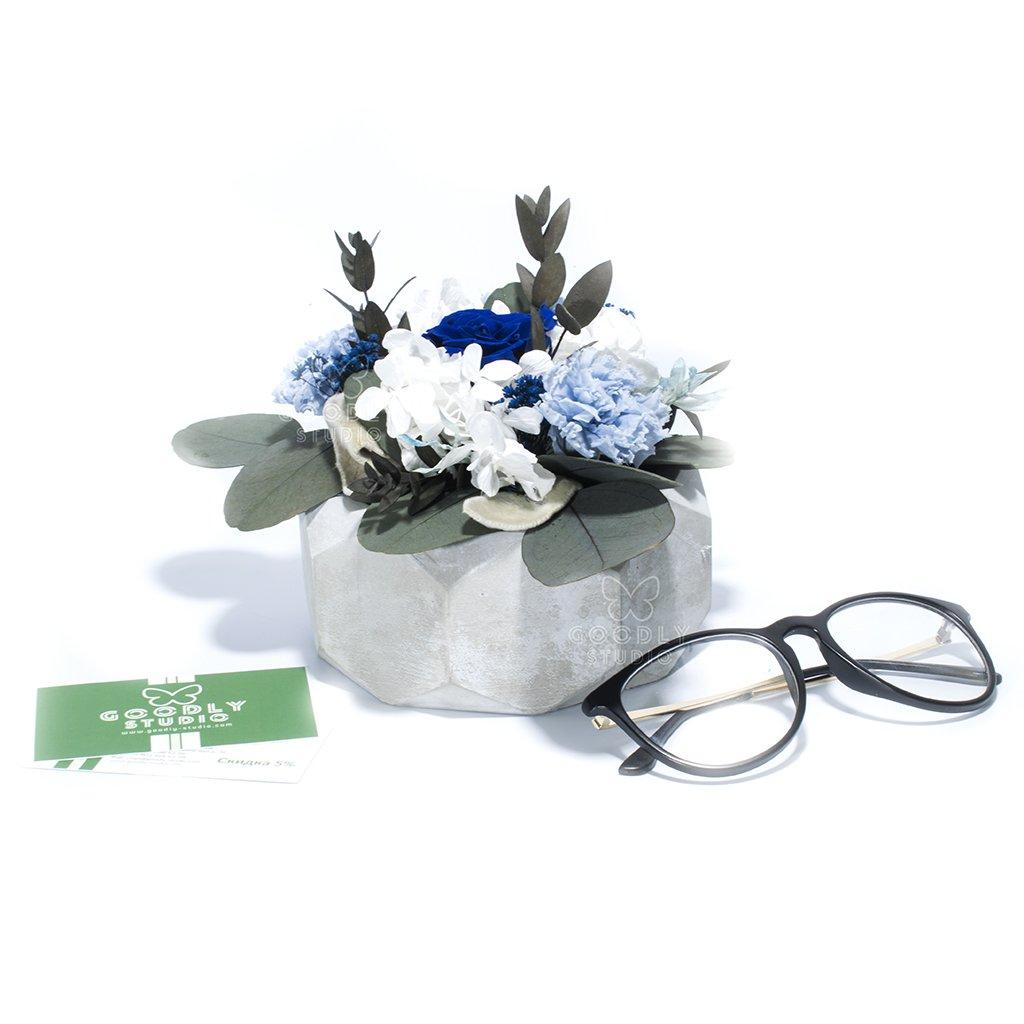 Композиция из цветов - Mirissa