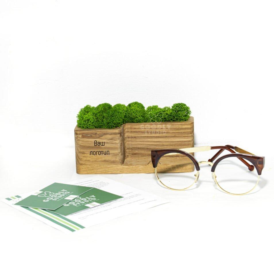 Корпоративный подарок с логотипом-Подставка для смартфона из дерева и мха