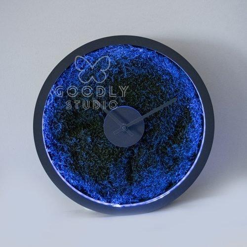 Часы из мха с подсветкой