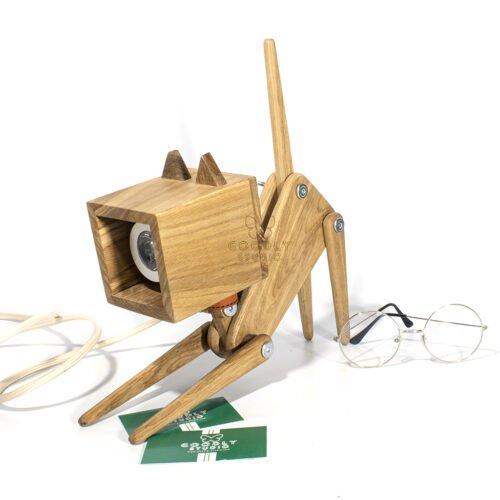 Светильник из дерева кошка